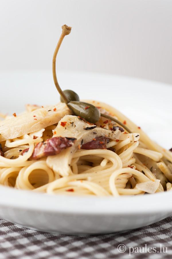 Cremige Spaghetti mit Artischocken und Knoblauch