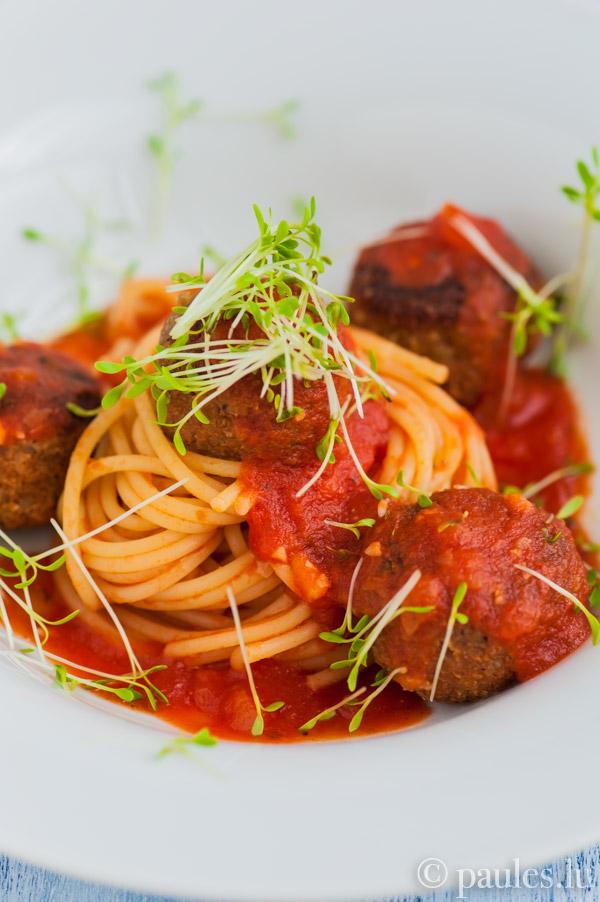 foodblog paules ki t chen blog archiv spaghetti mit gr nkern linsenb llchen und tomatensauce. Black Bedroom Furniture Sets. Home Design Ideas